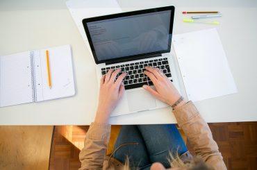 Effectuer la demande de carte grise et les autres démarches associées en ligne