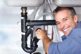 Des moyens simples de déboucher un drain sans produits chimiques toxiques